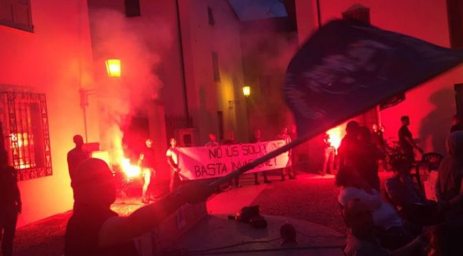 Blitz patriottico contro Ius Soli a Mantova