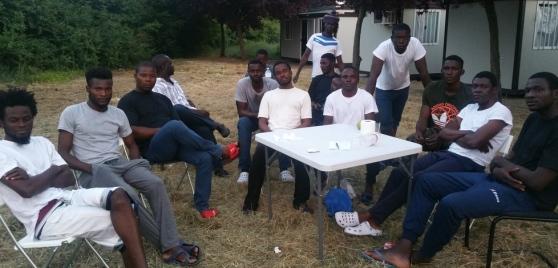 Reggio: la bufala dei nigeriani in fuga dalla guerra – FOTO
