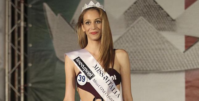 Miss Femminicidio condannata per stalking ai danni dell'ex