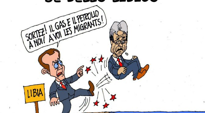 """Francia espelle 10mila clandestini algerini: """"Tornate a casa"""""""