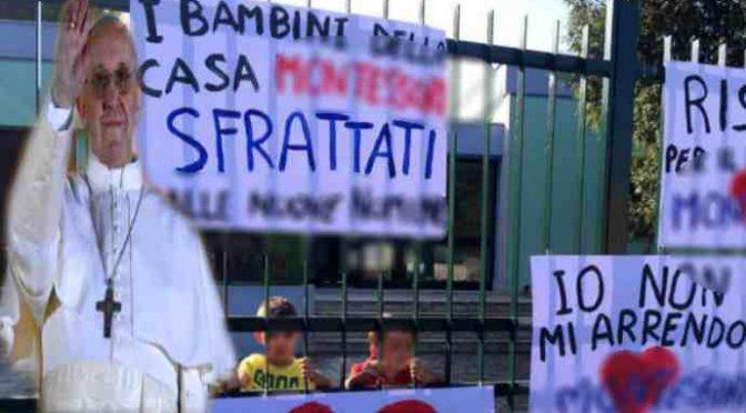 BERGOGLIO SFRATTA BIMBI ITALIANI PER OSPITARE PROFUGHI