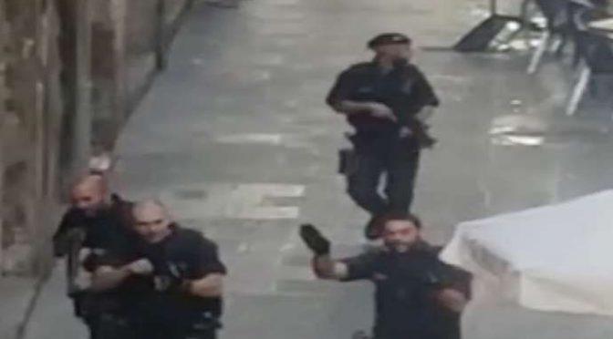 Attacco islamico imminente a Barcellona: caccia a Marocchino