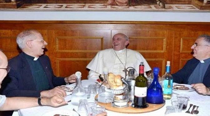 Vaticano finanzia le partenze dei clandestini verso l'Italia, con l'8 x 1000 !