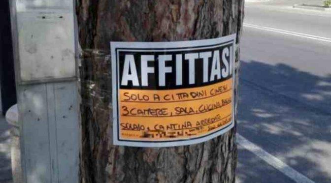"""Padroni a casa nostra: """"Non si affitta a Italiani"""" – FOTO"""