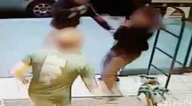 """Milano, Marocchino insegue passanti armato di coltello: """"Vi sgozzo come maiali"""""""