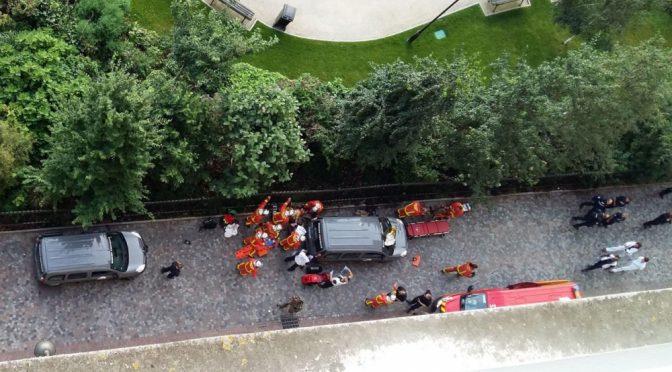 PARIGI: AUTO TRAVOLGE MILITARI, ATTACCO ISLAMICO
