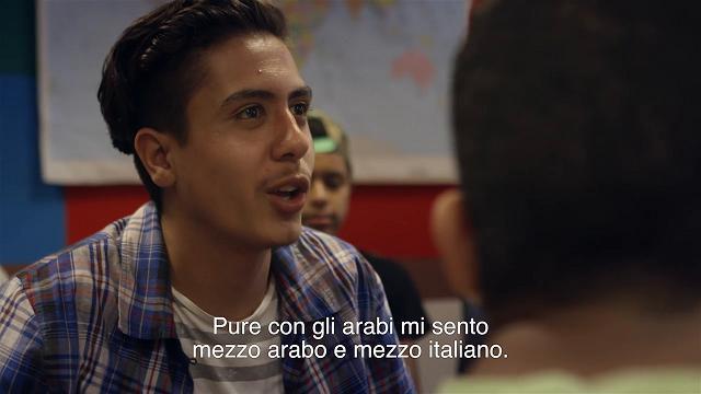 """Il profugo portato da Bergoglio non vuole lavorare: """"In Italia per fare il rapper"""""""