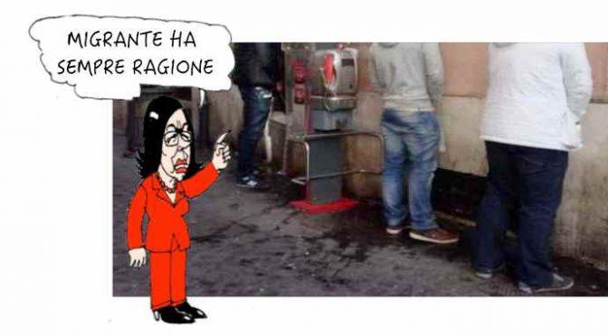 """Migrante urina contro Museo Dante Firenze: """"Non sapevo fosse vietato"""""""