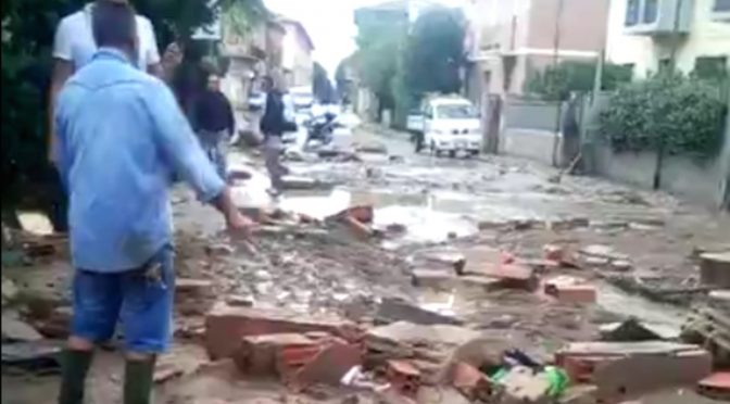 DISASTRO A LIVORNO, MORTI E DISPERSI: FAMIGLIA DISTRUTTA – VIDEO