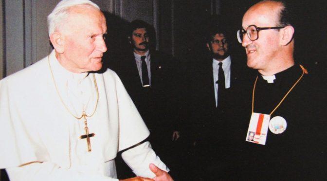 """Arcivescovo contro Bergoglio: """"L'Orda islamica ci sta invadendo"""""""