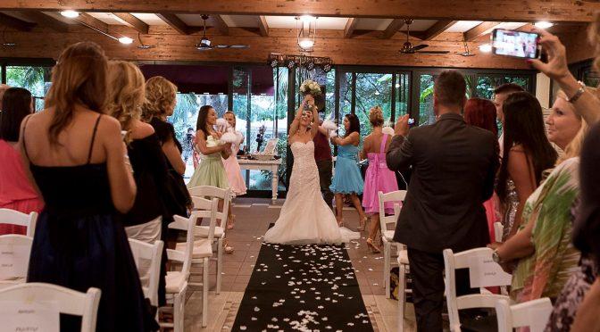 Ego matrimonio, Laura sposa se stessa