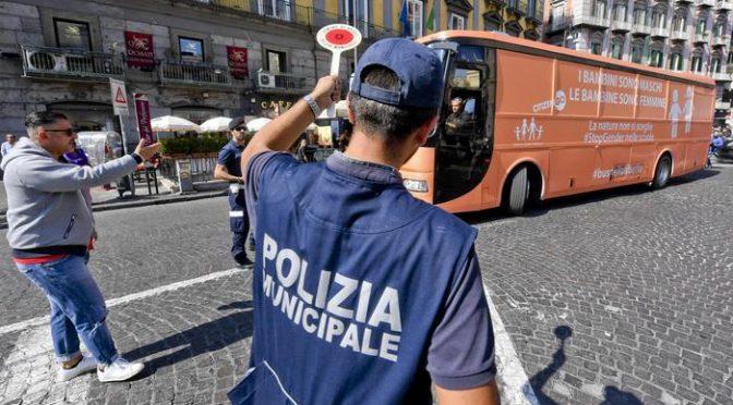 Napoli, vietata manifestazione no-gender anti-pedofilia