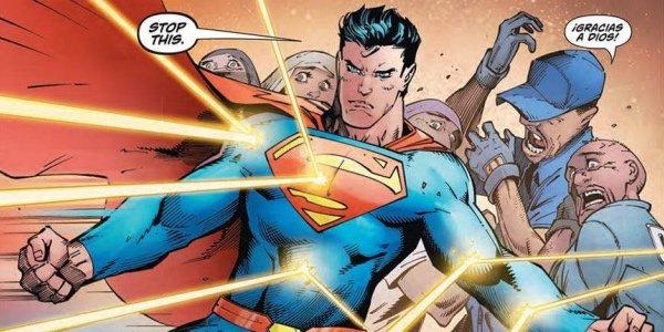 Anche Superman diventa scafista e difende i clandestini