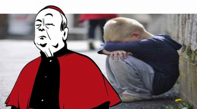 """Vescovo sfratta mamma con bimbo, pignora pensione nonno: """"Ospitano solo profughi"""""""
