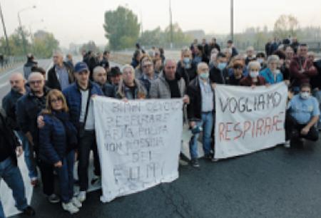 A Torino è vietato respirare, grazie agli Zingari che Appendino non sgombera