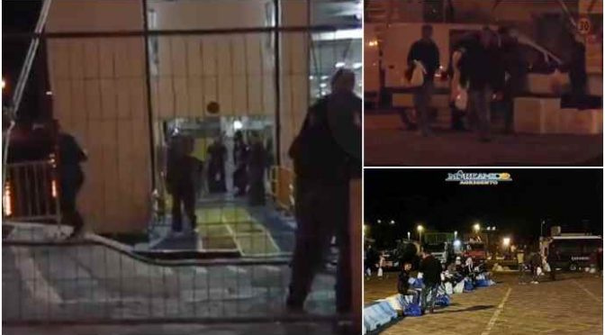 Centinaia di Tunisini traghettati di notte da Lampedusa in Sicilia e imbarcati sui treni – VIDEO CHOC