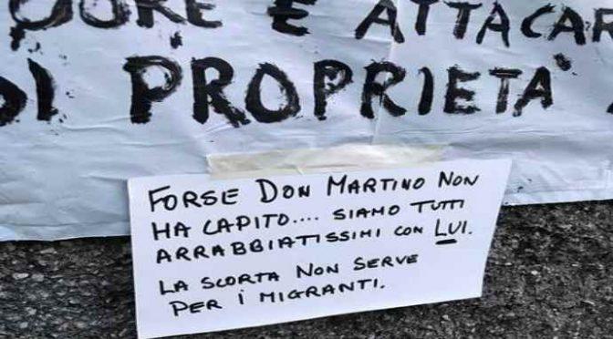Genova, proteste contro il prete affarista: preferisce 100 africani a 30 bimbi del quartiere