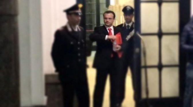 Cateno De Luca assolto, boato dei suoi fans in tribunale