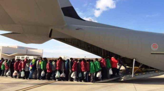Ponte aereo dall'Etiopia per trasferire in Italia 500 Africani