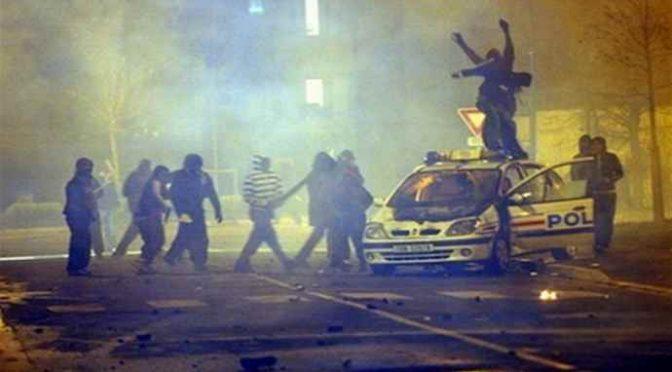 """""""Creare uno Stato Islamico in Europa per evitare guerra civile""""."""