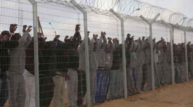 Cittadini assediati da richiedenti asilo: costretti a barricarsi in casa