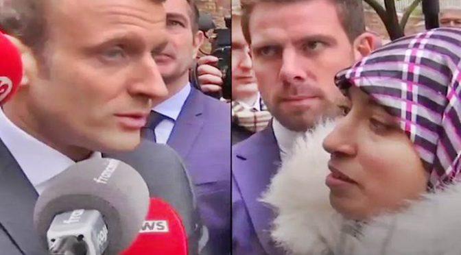 """Macron respinge profuga: """"Torna in Marocco, non c'è la guerra"""" – VIDEO"""