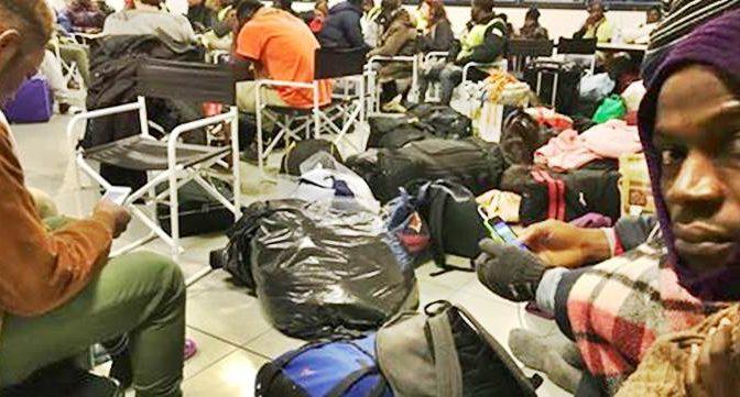 Rissa tra profughi Conetta per scegliere nuova destinazione – VIDEO