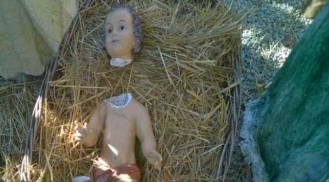 Presepe, decapitato il Bambino Gesù: pista islamica