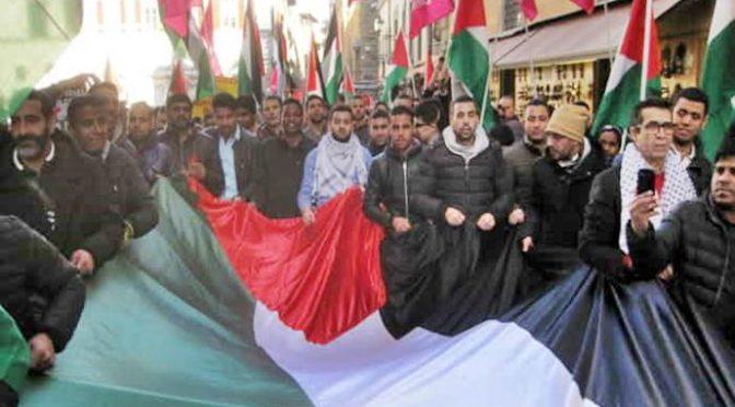 """Imam Firenze guida corteo islamico: """"Intifada vincerà, Gerusalemme è musulmana"""" – VIDEO CHOC"""