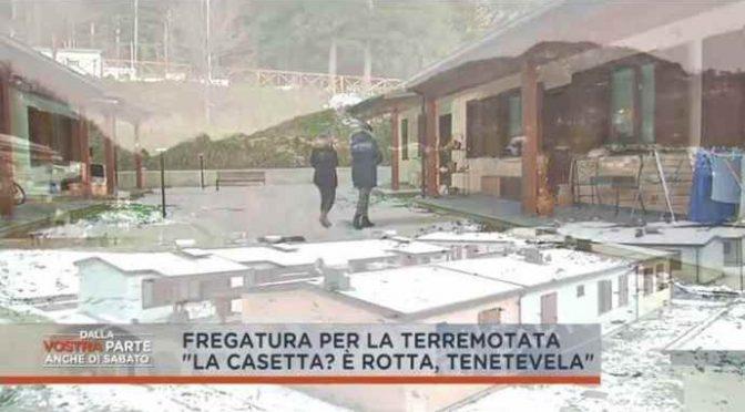 Terremotata, dopo mesi il PD invia la casetta: ma è rotta! – VIDEO