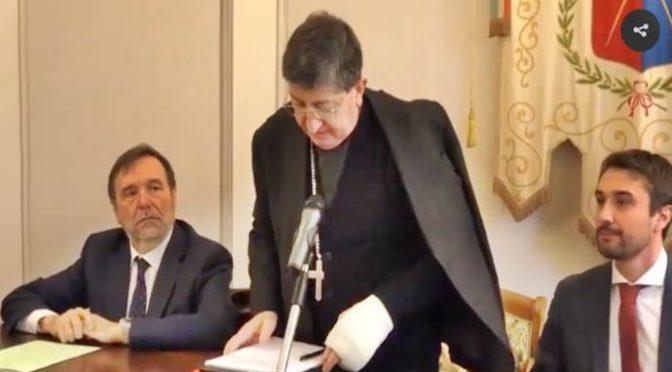 Firenze, Vescovo traditore ha firmato: mega Moschea su terreno Chiesa