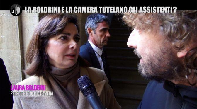 Le Iene, Boldrini fugge davanti alla telecamera – VIDEO
