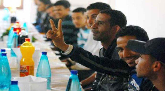 Centro accoglienza: migrante spacca bottiglia in testa a cameriere