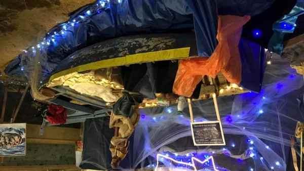 Protesta contro Presepi 'alternativi': rovesciato barcone a Udine