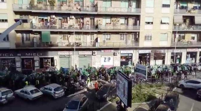 Islamici marciano su Roma al grido Allah Akbar – VIDEO CHOC