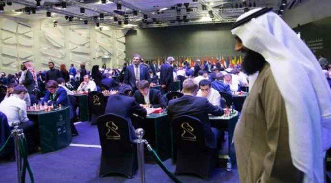 Torneo di scacchi a Riad: dopo donne 'svestite' esclusi anche gli Ebrei