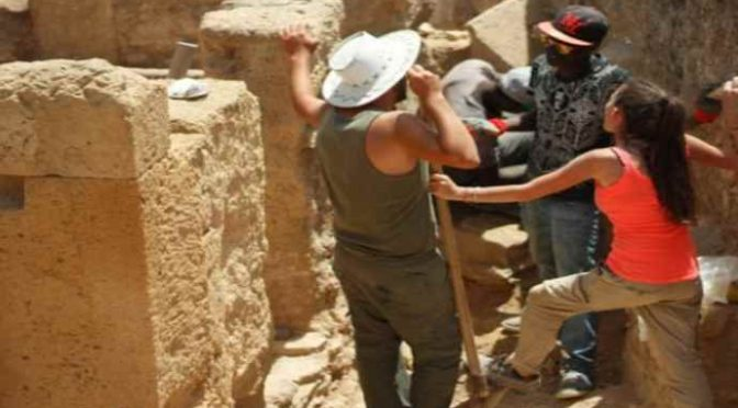 """""""Governo assume 10mila profughi con contratto in deroga in siti archeologici"""""""