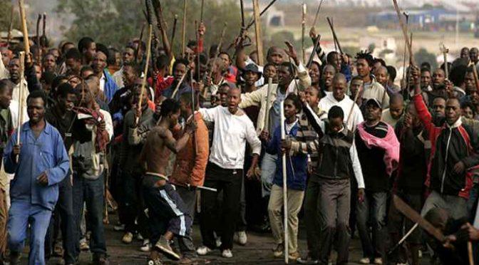 Africano spranga italiano, violenza inaudita: gli spacca la testa