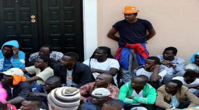 """Gasparri: """"Che ci fanno nigeriani e africani a Bardonecchia?"""""""