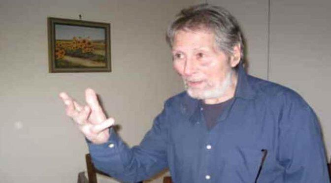 Alberto 77 anni vive da 2 in auto, rimossa perché non assicurata