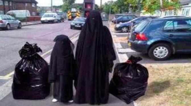 Lega presenta mozione anti-Burqa a Genova