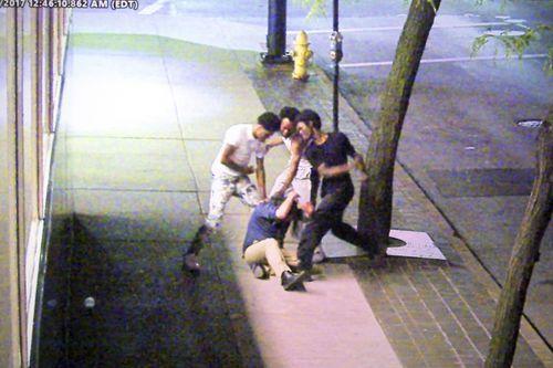 Brutali pestaggi, sotto attacco ovunque – VIDEO CHOC