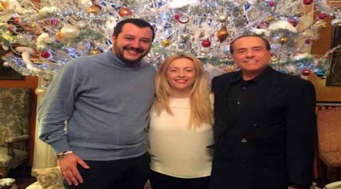 """Berlusconi al Foglio: """"Terrò io a bada i populisti"""""""