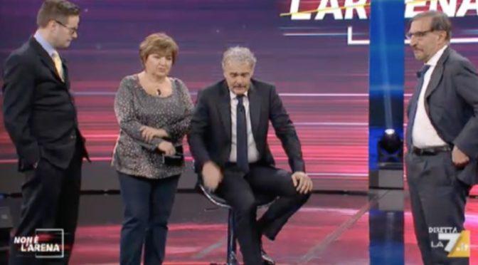 Massimo Giletti ha malore in diretta, sospesa «Non è l'Arena» – VIDEO