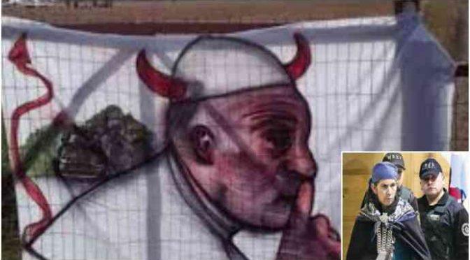 Cile, la rivolta dei Mapuche contro l'integrazione: «Non vogliamo Bergoglio, la Chiesa ci ha tolto terra e viviamo in riserve»