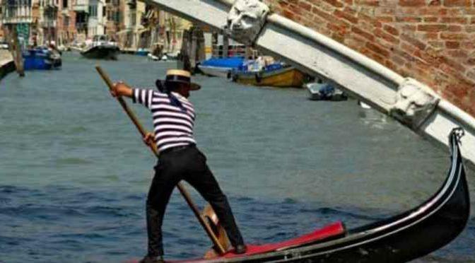 Venezia, maxiconto da 1.100 euro, denuncia: 99% ristoranti in mano a stranieri