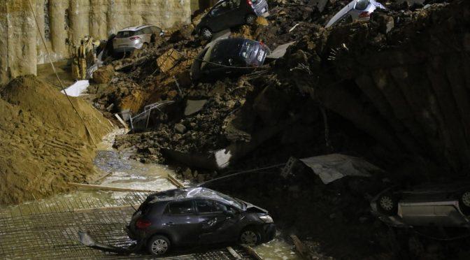 Roma: si apre spaventosa voragine, auto inghiottite