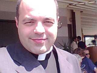 """Padre Romeo: """"Perché è giusto votare Salvini"""""""