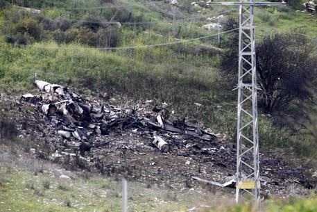 Siria: abbattuti aereo israeliano ed elicottero turco