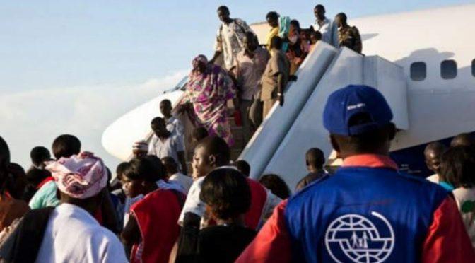Libia: 13 mila africani tornano a casa, svelata la bufala dei profughi